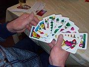 Mariáš hrálo 18 karbaníků.