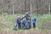 Na sobotu 17. dubna připravilo Ekocentrum Šmidingerovy knihovny Strakonice úklid okolí Staré řeky ve Strakonicích.