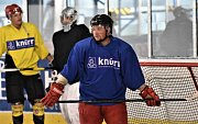 Strakoničtí hokejisté se již připravují na novou sezonu na ledě.