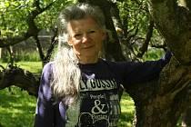 V Újezdě nedaleko Vodňan žije malířka Alena Králíčková.