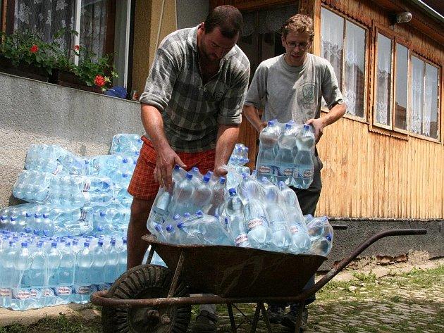 V Předních Zborovicích potřebují lidé hlavně vodu.