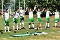 Fotbalisté Střelských Hoštic zvládli i poslední zápas a mohou slavit postup do I.B třídy.