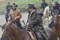 Koním ani jezdcům špatné počasí moc nevadilo.