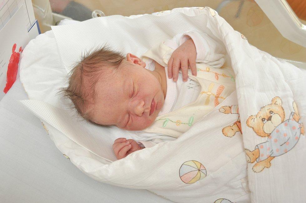 Natálie Šavrdová ze Sedlice. Natálka se narodila 12. července 2019 v 10 hodin a 34 minut a její porodní váha byla 3540 gramů. Na sestřičku se doma těšil tříletý Vojtíšek.