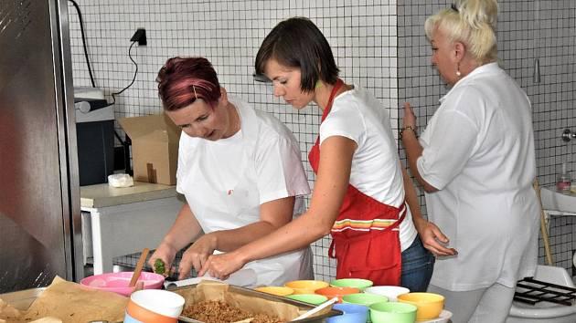 Školení kuchařek ve Volenicích.