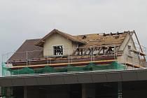 Budova vlakového nádraží ve Strakonicích v říjnu hotová nebude.