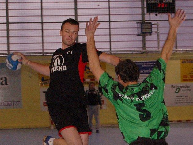 Zdeněk Vdovin nastřílel Starému Plzenci pět gólů.