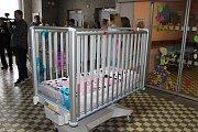 Dětské oddělení získalo dvě nová lůžka.