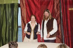 Vánoční příběh o narození Ježíška.