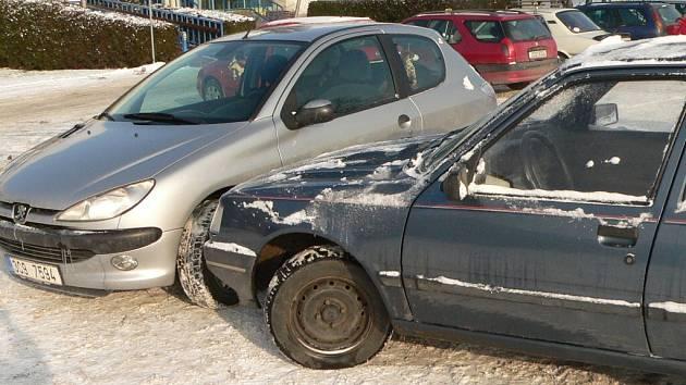 Nehoda na parkovišti - ilustrační foto.