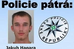 Policisté pátrají po Jakubu Hagarovi.