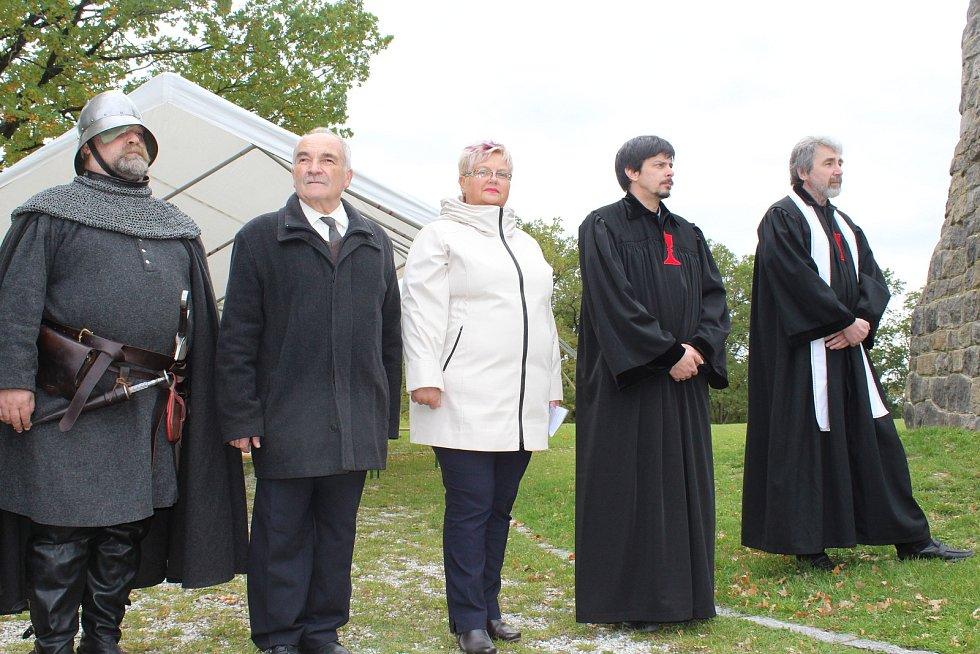 Sudoměř - Pietní akt k uctění památky Jana Žižky z Trocnova se uskutečnil u památníku bitvy u Sudoměře.