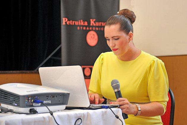 Módní návrhářka Petra Kurschová ze Strakonic.
