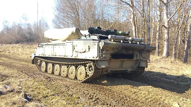 Strakoničtí vojáci absolvovali přeškolení na bojová vozidla.