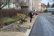 Ulice Krále Jiřího z Poděbrad je průjezdná.