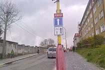 Nová jednosměrná ulice.