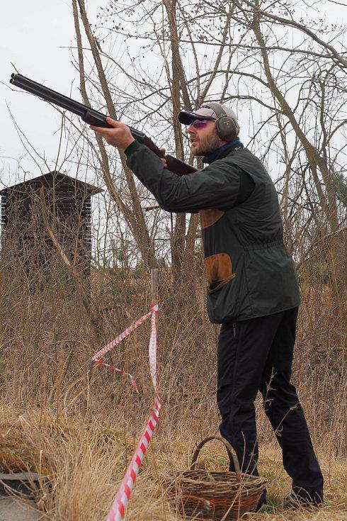 Velikonoční střílení ve Skočicích.