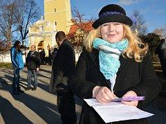 OBRAZEM: Svým zaměstnancům s vysokoškolským vzděláním může Klára Kavanová Mušková, ředitelka domova SV. Linharta v Chelčicích platit maximálně 110 korun na hodinu.