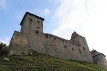 Enigmatické variace na hradu Kašperk.