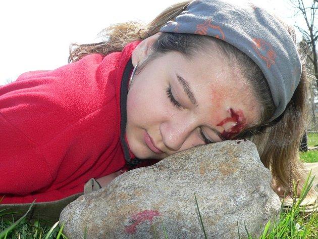 Na mladé záchranáře čekala namaskovaná poranění, která vypadala jako opravdová