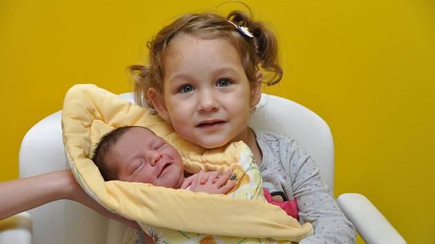 Štěpánka Hezoučká, Strakonice, 18.10. 2017 v 11.18 hodin, 3360 g. Dvouletá Emma má malou sestřičku.