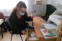 Kateřina Podhorská vede knihovnu od roku 2007.
