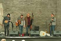 Areál hradu opět po roce hostí festival bluegrassu a country.