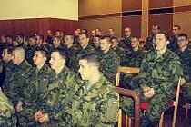 Přes 50 nových vojáků nastoupilo v úterý 2. ledna k 25. protiletadlovému raketovému pluku.