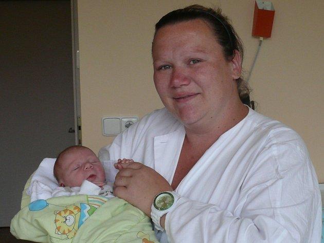 Gabriela Kocumová, Strakonice, 24.5. 2014 v 21.12  hodin, 3060 g. Z miminka se těší nejen maminka.