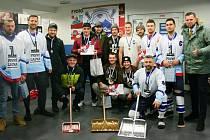 Vojáci se v Bratislavě zúčastnili Mistrovství Česka a Slovenska v rybníkovém hokeji.