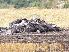 Na Českokrumlovsku zemřeli v troskách letadla dva lidé.