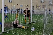 Strakonice vyhrály nad Litolí 2:1 díky vlastnímu gólu, který si dal Stanislav Ježek.