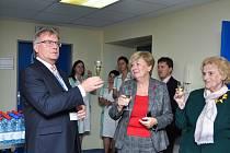 Hejtmanka Jihočeského kraje Ivana Stráská slavnostně otevřela v úterý 4. prosince nové Gastroenterologické centrum v pavilonu interních oborů Nemocnice Strakonice.
