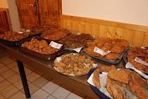 Číčenice – Hotel U Polívků hostil v pátek 19. dubna první ročník řízkobraní. A kdo přišel, rozhodně nebyl zklamaný, protože mohl ochutnat řízky mnoha podob a chutí.
