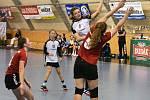 II. liga mladších dorostenek v házené: Strakonice - Pardubice 28:24.