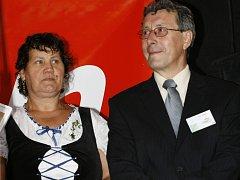 """""""Největší podíl na tak vynikajícím umístění v soutěži Vesnice roku 2008 mají občané,"""" říká starosta Josef Bláhovec."""