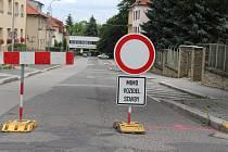 Ulice Krále JIřího z Poděbrad ve Strakonicích bude uzavírána pro rekonstrukci po částech.