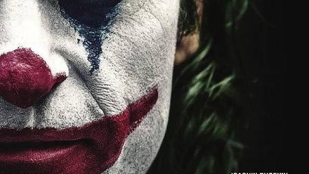 Joker míří do kin.