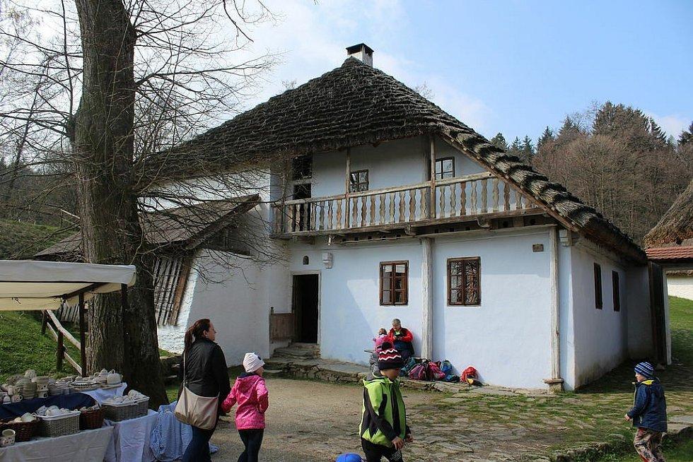 Mlýn v Hoslovicích představoval rodný dům bratrů.