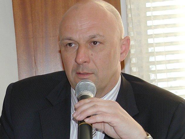 Ministr zdravotnictví Tomáš Julínek.