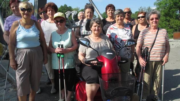 V závěru května zorganizovala Rada seniorů spolu s Infocentrem pro seniory procházku ke Švandově lípě.