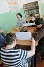 Žáci ZŠ Krále Jiřího z Poděbrad řešili v rámci projektového dne ekologii a její celkovou problematiku.