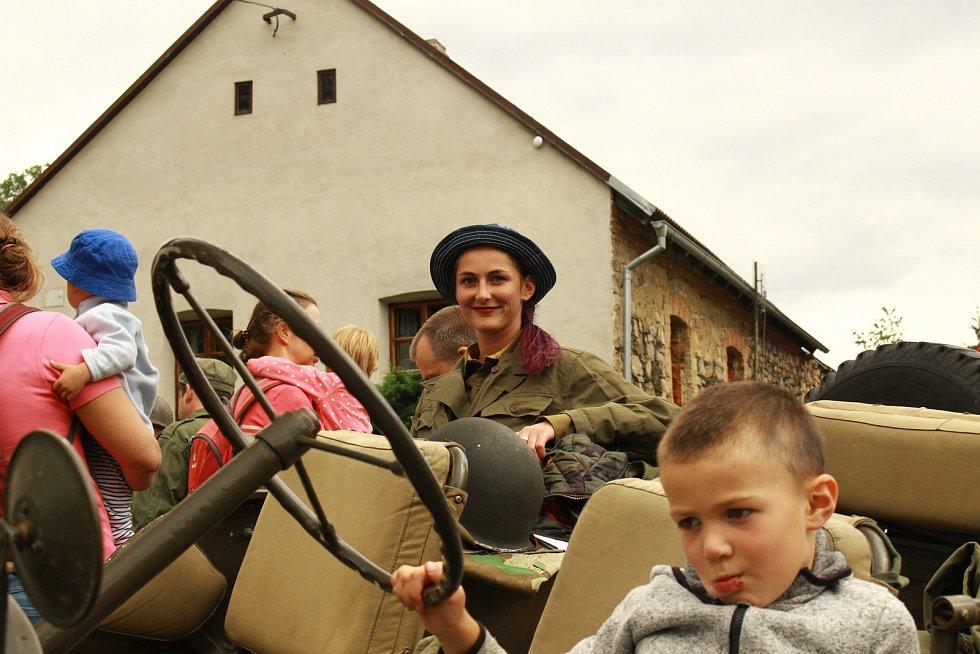 Významné výročí 100 let od vzniku Československa si připomněli v sobotu 25. srpna v Milejovicích.