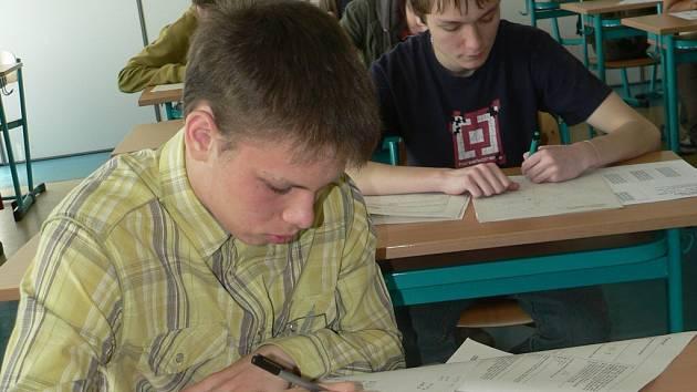 Žáci si lámali hlavu nad přijímacími zkouškami
