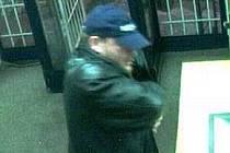 Muž, který ve středu 16. prosince v 17.15 přepadl směnárnu ve Strakonicích