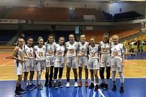 Kadetky BK Strakonice vezou z Jersey Cupu bronzové medaile.