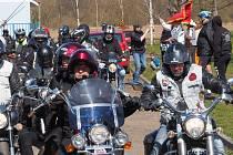 Motorkáři z Čejetic oslavili pětileté působení.