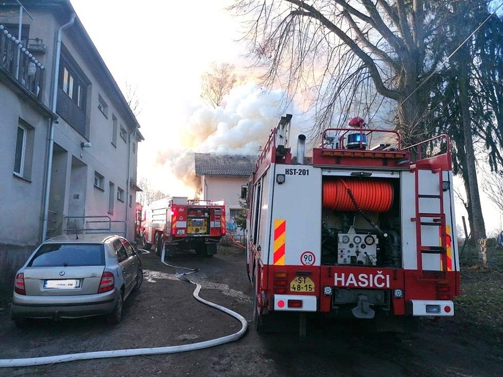 V úterý 2. března 2021 odpoledne ve Strakonicích v místní části Habeš hořel rodinný dům.