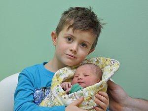 Eva Jerlingová, Vimperk, 3. 1. 2018, v 9.21 hodin, 3420 g. Pětiletý Adámek má malou sestřičku.
