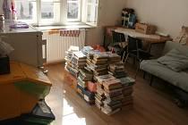 Zákulisí knihovny.